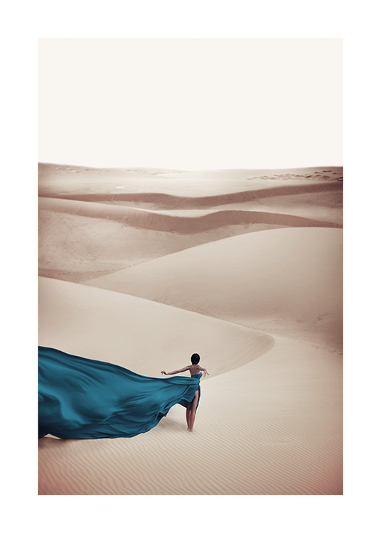 Woman in Blue Dress Poster / Natureza em Desenio AB (11144)